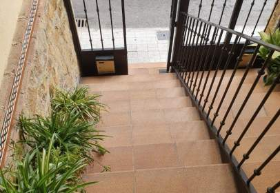 Casa adosada en Centro-Ciudad Sanitaria-La Magdalena-Santa Isabel