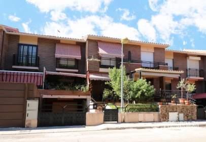 Casa adosada en Olivas-Vergel