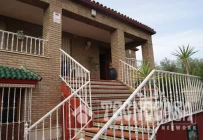 Single-family house in Montequinto-El Colmenar