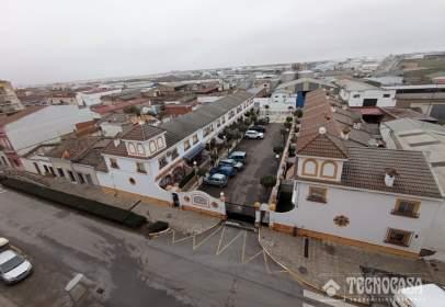 Casa adossada a Almendralejo