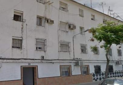 Flat in calle Nogal, nº 20