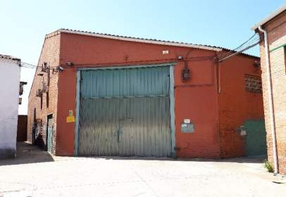 Local comercial en calle Sor Angela Cruz, nº 6