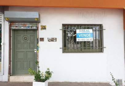 Local comercial a calle de Alfonso Rodríguez Castelao, nº 28