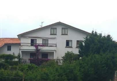 Casa en calle Uribarriko Bidea