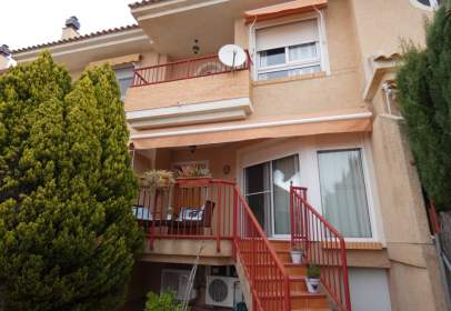 Terraced house in Altorreal