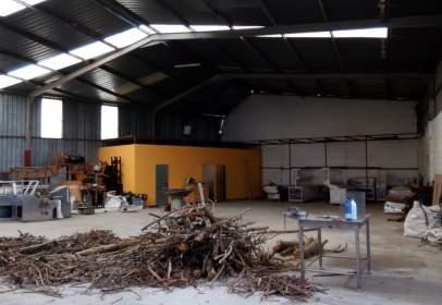 Nave industrial en Cambre (Santa Maria)