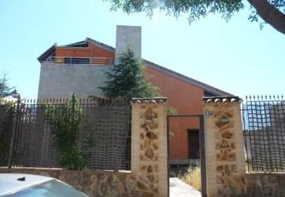 Chalet en Área Rural-Valverde-Las Casas