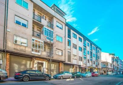 Apartamento en Avenida de Portugal, cerca de Calle de Elle