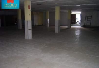 Local comercial en San Nicolás-La Toledana-Valle Amblés