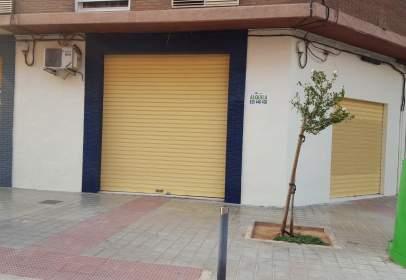 Local comercial en Avenida de Luis Vives