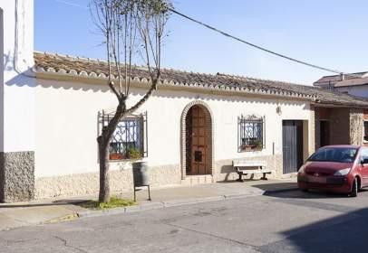 Casa a La Puebla de Alfindén