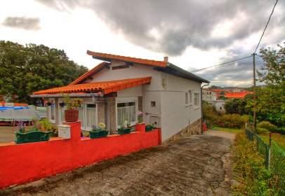 Casa adossada a calle Urezarantza Ibiltoki Errepidea, nº 21