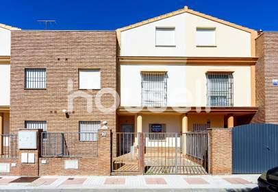 Casa en Alcalá del Río