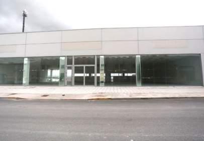 Nave industrial en calle Rio Pisuerga nº 35-36-37