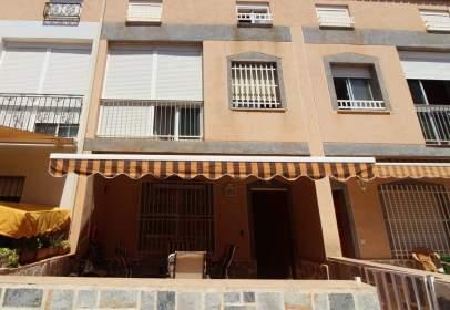 Dúplex en calle Puerto de Alcolea