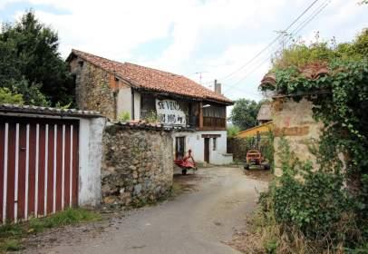 House in Santiurde de Toranzo