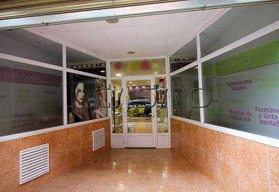 Local comercial en Casco Urbano