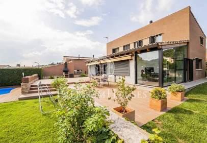 Casa a Vallromanes
