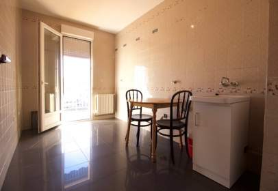 Flat in calle Pedro Alfonso, nº 4