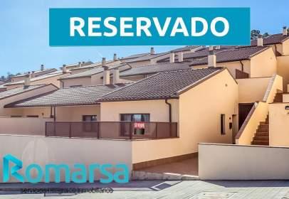 Casa adossada a Urbanización Pinar del Valle 2ª Fase, calle La Cuesta-
