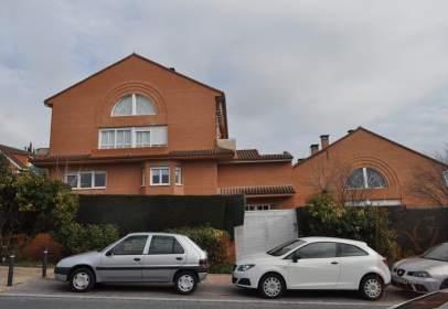 Garatge a calle Lirio