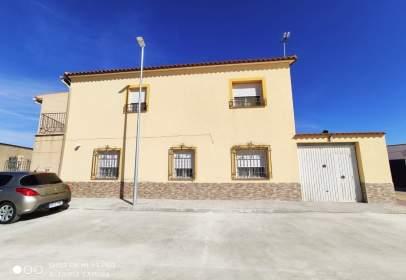 Casa en Villafranca de los Caballeros