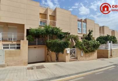 Duplex in calle Antonio Buero Vallejo, nº 68