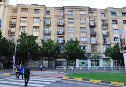 Local comercial a calle Zaragoza, nº 15