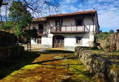 House in Oreña