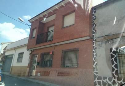 Casa adosada en Piedrabuena