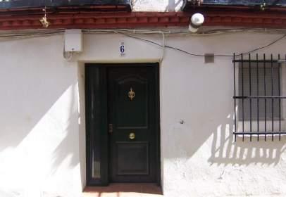 Casa aparellada a Santa María del Tiétar