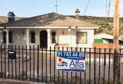 Casa adossada a Valdilecha