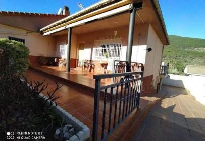 Single-family house in Sotillo de La Adrada