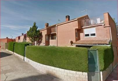 Casa en Saldaña de Burgos
