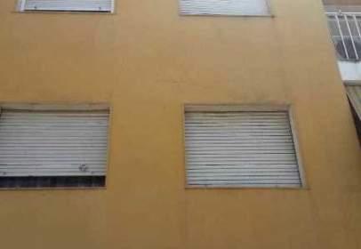 Pis a calle de Asensio López