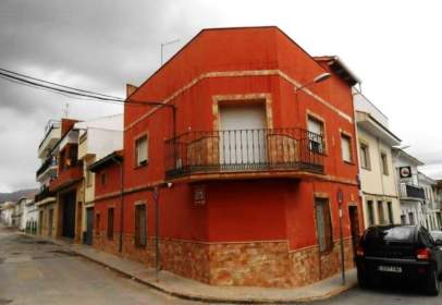 Chalet en calle de Ramón y Cajal