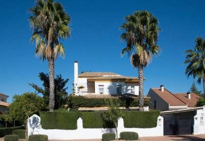 Chalet en Bormujos - El Zaudín - Club de Golf