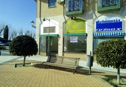 Commercial space in calle General Asensio
