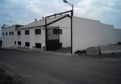 Commercial building in Ingenio Zona de - Ingenio