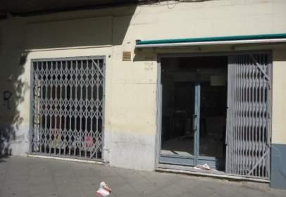 Local comercial en Lleida Capital - Instituts - Universitat