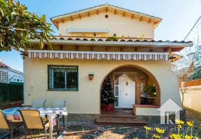 Casa en Cerdanyola del Vallès - Montflorit