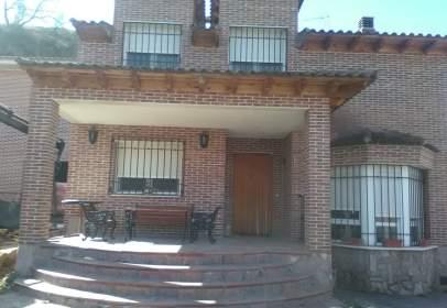 Casa unifamiliar en calle Miguel de Cervantes