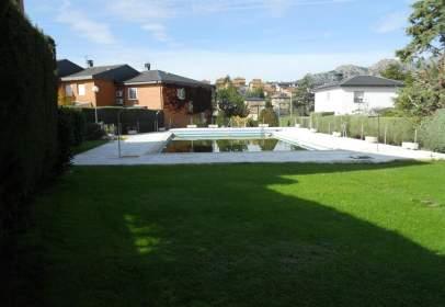 Casa adossada a Manzanares El Real, Zona de - Manzanares El Real