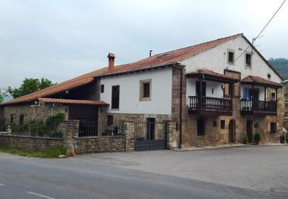 Casa rústica en calle Santa Cruz, nº 11