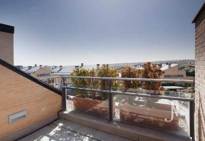 Penthouse in calle Damaso Alonso, nº 14
