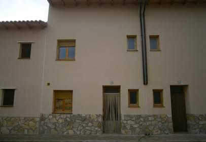 Casa adosada en Bajo Aragón - La Ginebrosa