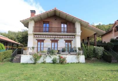 Casa en calle de Zenbidea