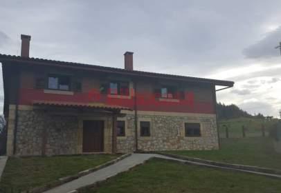 Casa a Lezama