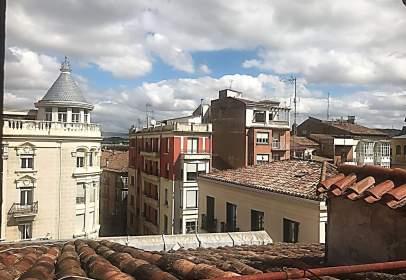 Duplex in calle calle Portales