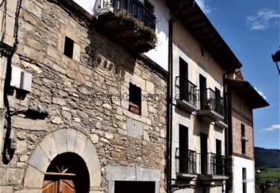 Casa en Artziniega